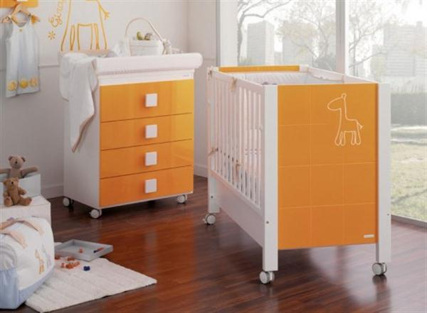 Attractive Babies Room Furniture Design with Lovely Giraffe Themes orange