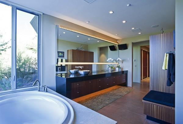 Awesome bathroom Design with Wonderful View in Arizona