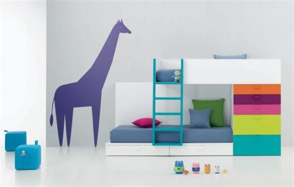 Colorful and Eye catching Baby Room Inspiration with giraffe walls