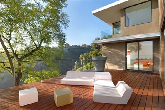 Contemporary California House Design Outdoor Patio deck