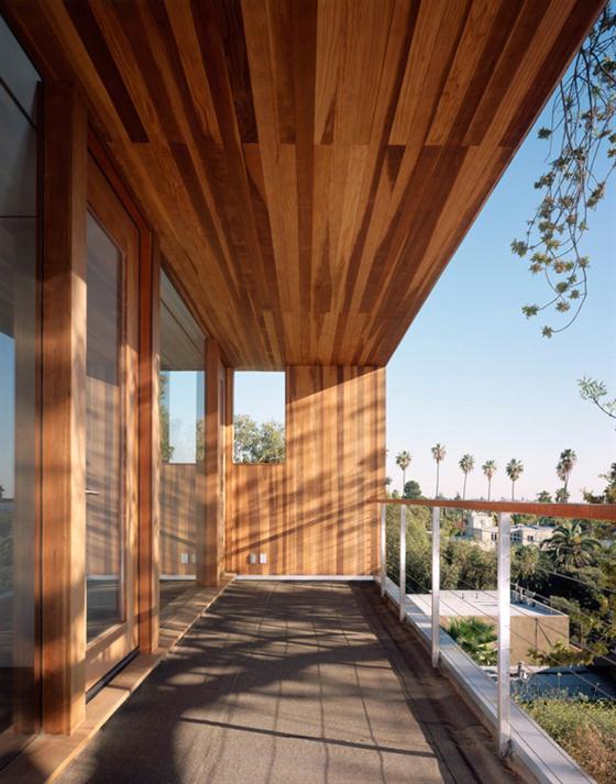 Contemporary Eco Friendly Tree House Design Ideas Wooden deck