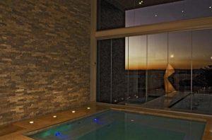 Contemporary and Elegant Home Design with cozy jacuzzi design