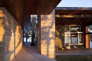 Contemporary and Elegant Lakeside Home Design by Dick Clark Architecture corridor