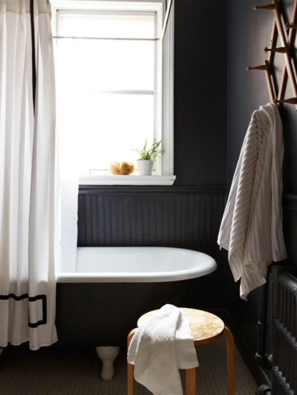 Cool Residence Ideas in Toronto with simply and unique bathroom design