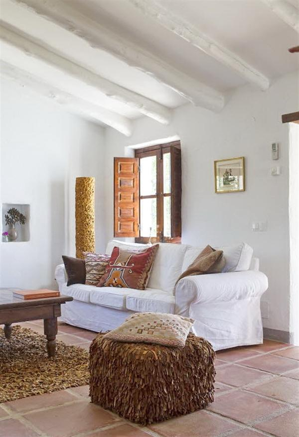 Cool Rustic House Design with Beautiful View of Mediterranean Sea at Surrounding