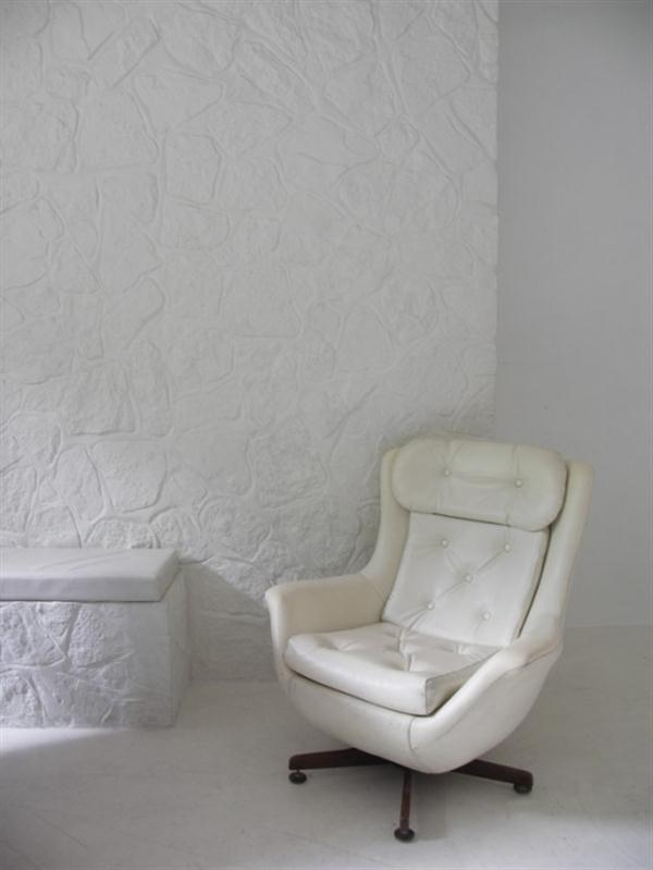 Creative Home Interior Decorating white wall stone
