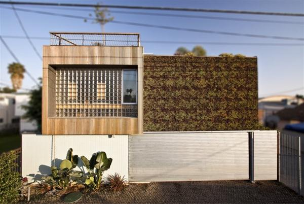 Modern Home with awesome concept by Bricault Design in Venice California