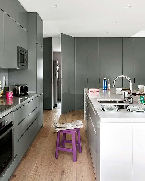 Stylish Remodeled kitchen Ideas when Old Country Design Became Modern