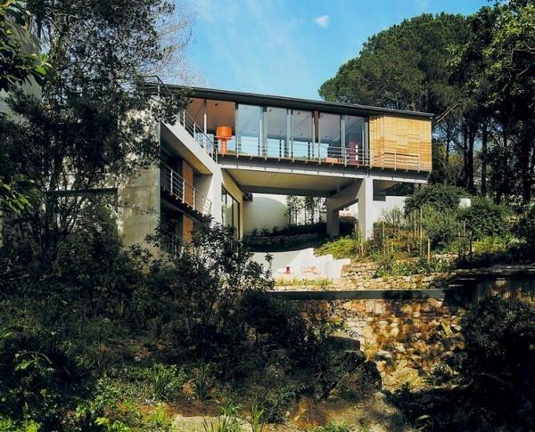 Contemporary Villa with Unique Design in South Africa