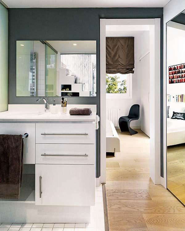 bright and Artistic bathroom Design Inspiration