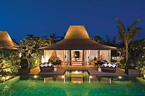 Amazing Private Villa with Luxurious Style in Bali