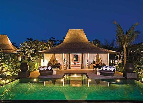 gorgeous and beautiful Villa design with Luxurious Style in Bali