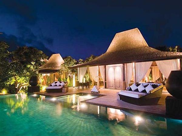 night view of Amazing Private Villa with Luxurious Style in Bali