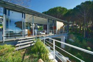 Contemporary The bridge house Design in Cape Town