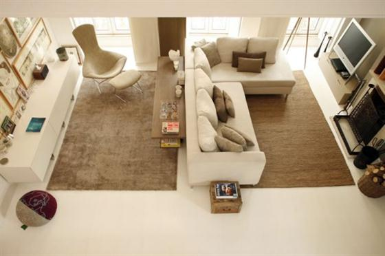 Contemporary Warm Interior Design with Neutral Color Scheme Living Rooom