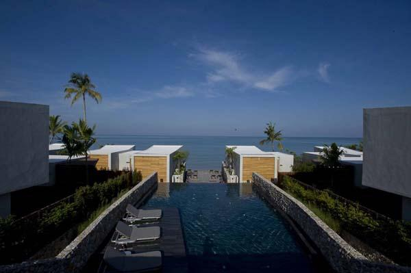 Cool Beachfront Villa Design with awesome beach view in Phuket