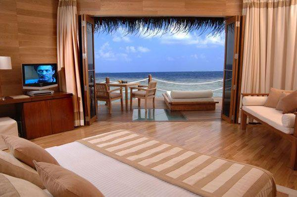 Cool and Amazing Bedrooms Design Overlooking the Sea beige themes