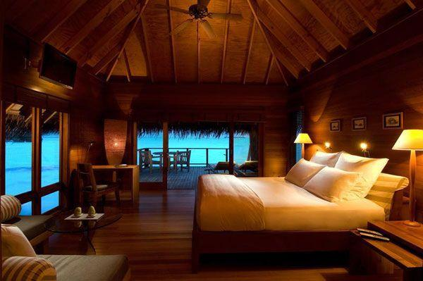 Cool and Amazing Bedrooms Design Overlooking the Sea full wooden materials