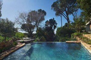 Cool and beautiful Villa Design in Cape Town the Bridge House