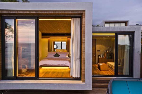 Cozy and elegance Beachfront Villa Design with Environmentally friendly Concept