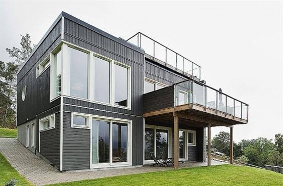 Contemporary Swedish Style House Design with Black Wooden Exterior