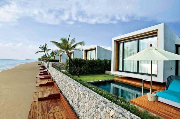 luxurious Beachfront Villa with cool and beautiful Design in Thailand
