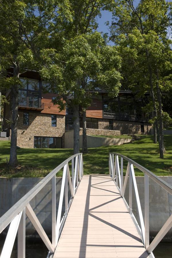 Beautiful Wurzburg Lakehouse Design by Archimania