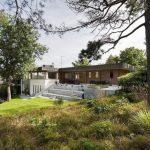Cozy Lakeside villa and comfortable patio