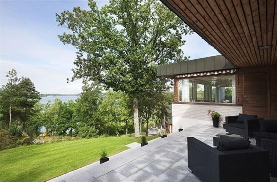 Cozy Lakeside villa and comfortable patio the patio view