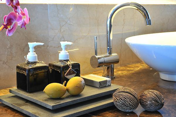 Cozy Lily Resort in Maldives faucet