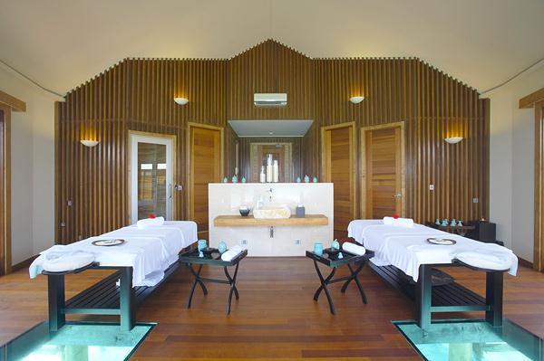 Cozy Lily Resort in Maldives spa indoor corner