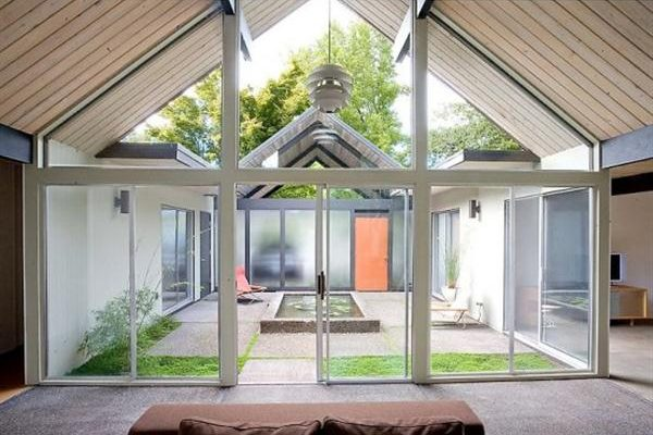 Cozy and Luxurious Home Design that Maximize Natural Lighting