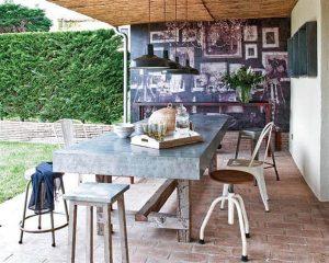 Creative Home with Rustic Design Interior in Ampurdan cozy yard space