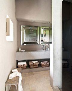 Creative Home with Rustic Design Interior in Ampurdan laundry room