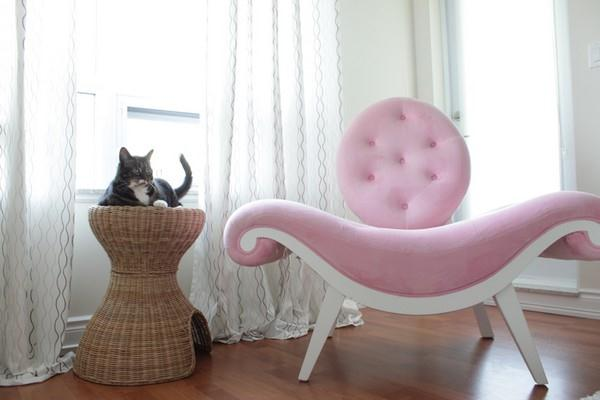 Creative Japanese Apartment Design Inspiration with pink corner