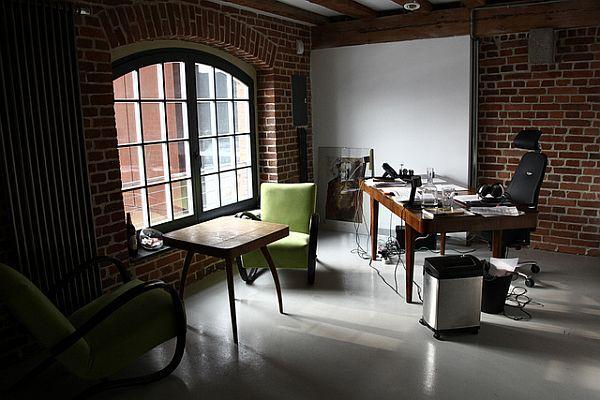When Modern and Classic Concept Mixed on unusual working space design