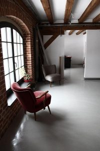 luxurious office Design Ideas with Modern and Classic Concept Mixed