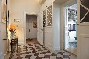 Apartment with beautiful and Classical Swedish design in Stockholm