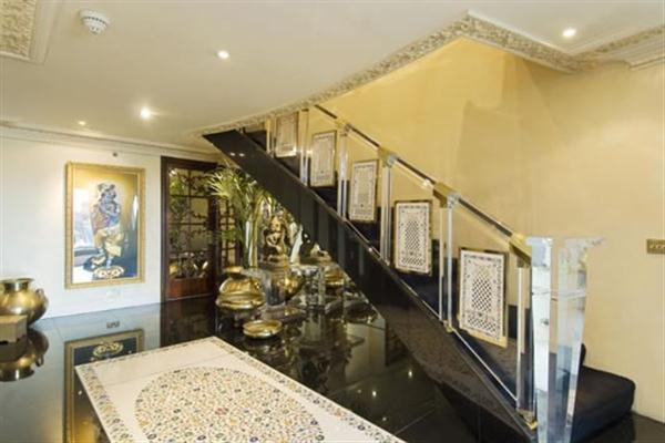 Elegance and awesome Apartment interior Design in London