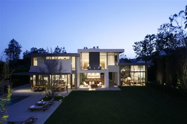 Elegance and Beautiful Home Design in Los Angeles, California