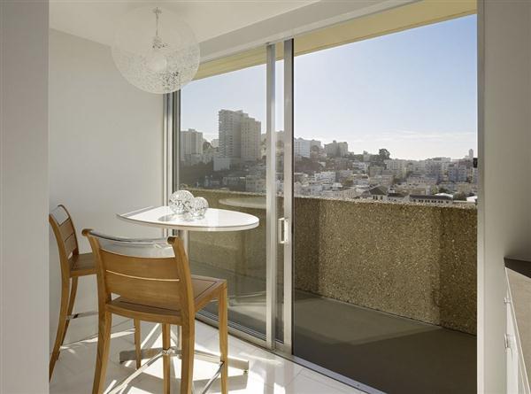 Elegant Apartment Design with wonderful downtown vies