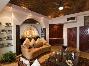 Elegant and Luxurious Moroccan Style Home Design Dining guest