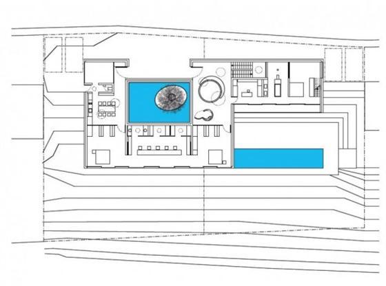 Elegant and Modern White Germany House Design Floor plan