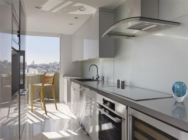 Elegant and modern kitchen Design Ideas in San Fransisco