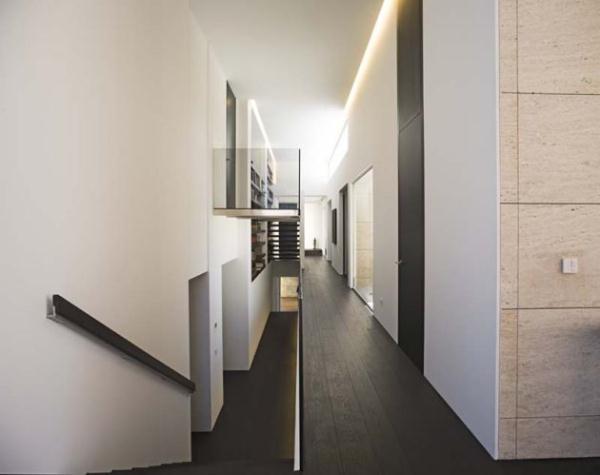 Futuristic and Bright Home Design Inspiration from A ceros Galicia corridor