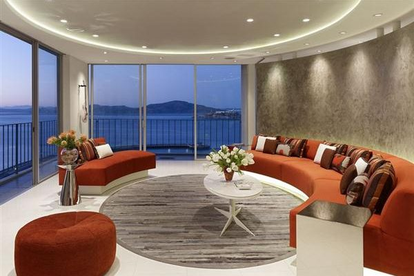 Semi-circular Apartment Design Ideas in California
