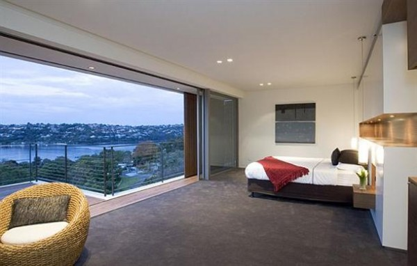 Luxurious bedroom design on the Mosman House by Corben Architects