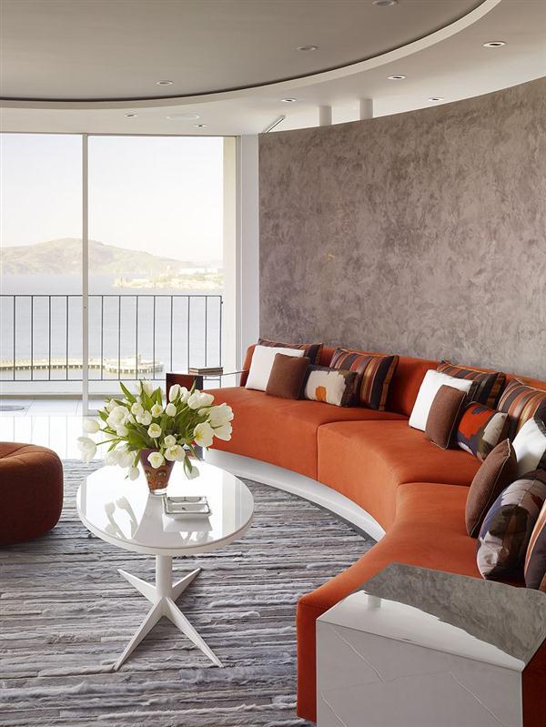 Unique livingroom Design Ideas in Creative semi circular apartment