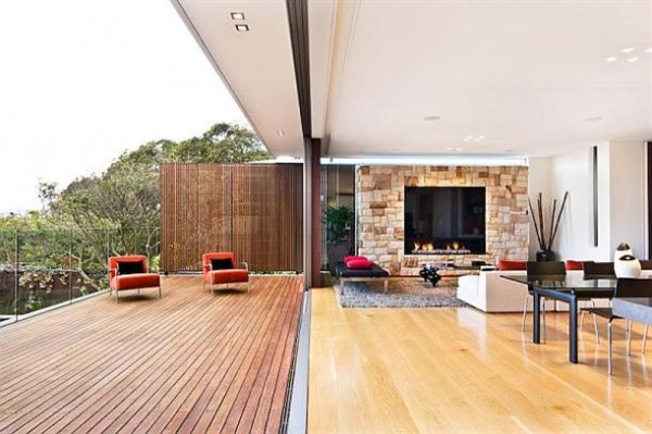 the Mosman House by Corben Architects with wide doors close to nature