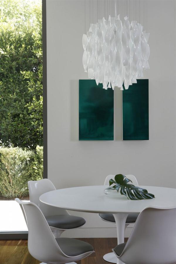 white dinning table Design by MLK Studio